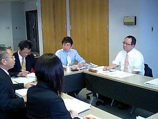 グループ討議の模様(1)